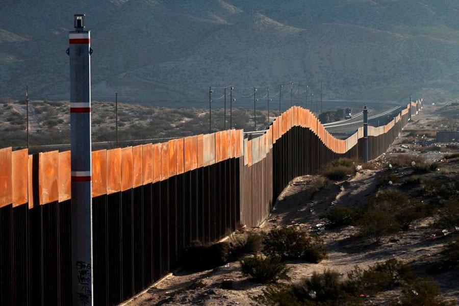 Заграждения на мексиканской границе
