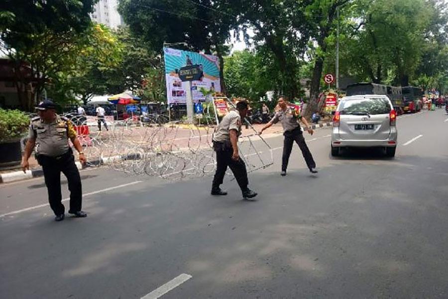 Митинг у дворца в Джакарте