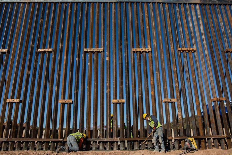 Стена на границе с Мексикой и пандемия коронавируса