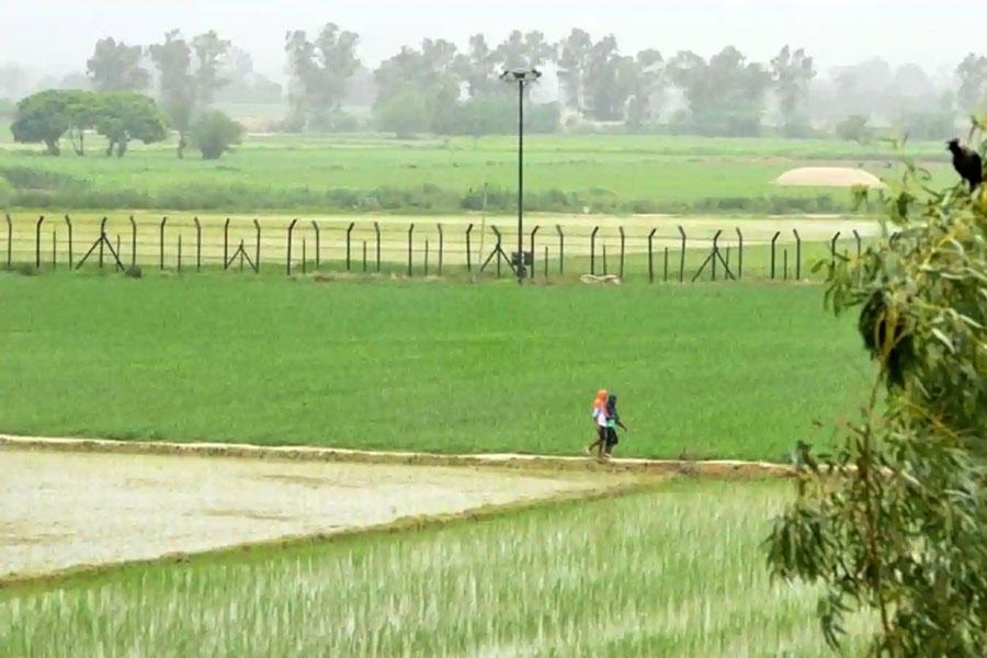Колючая проволока на индо-пакистанской границе