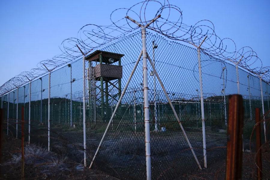 Колючая проволока в Гуантанамо